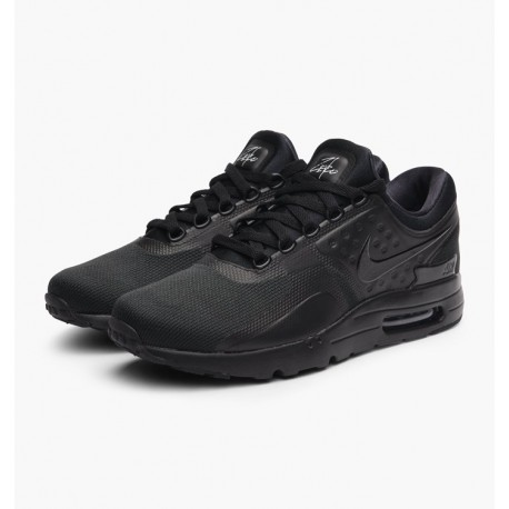 NIKE AIR MAX ZERO ESSENTIONAL
